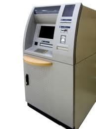 kreditku-sel-bankomat